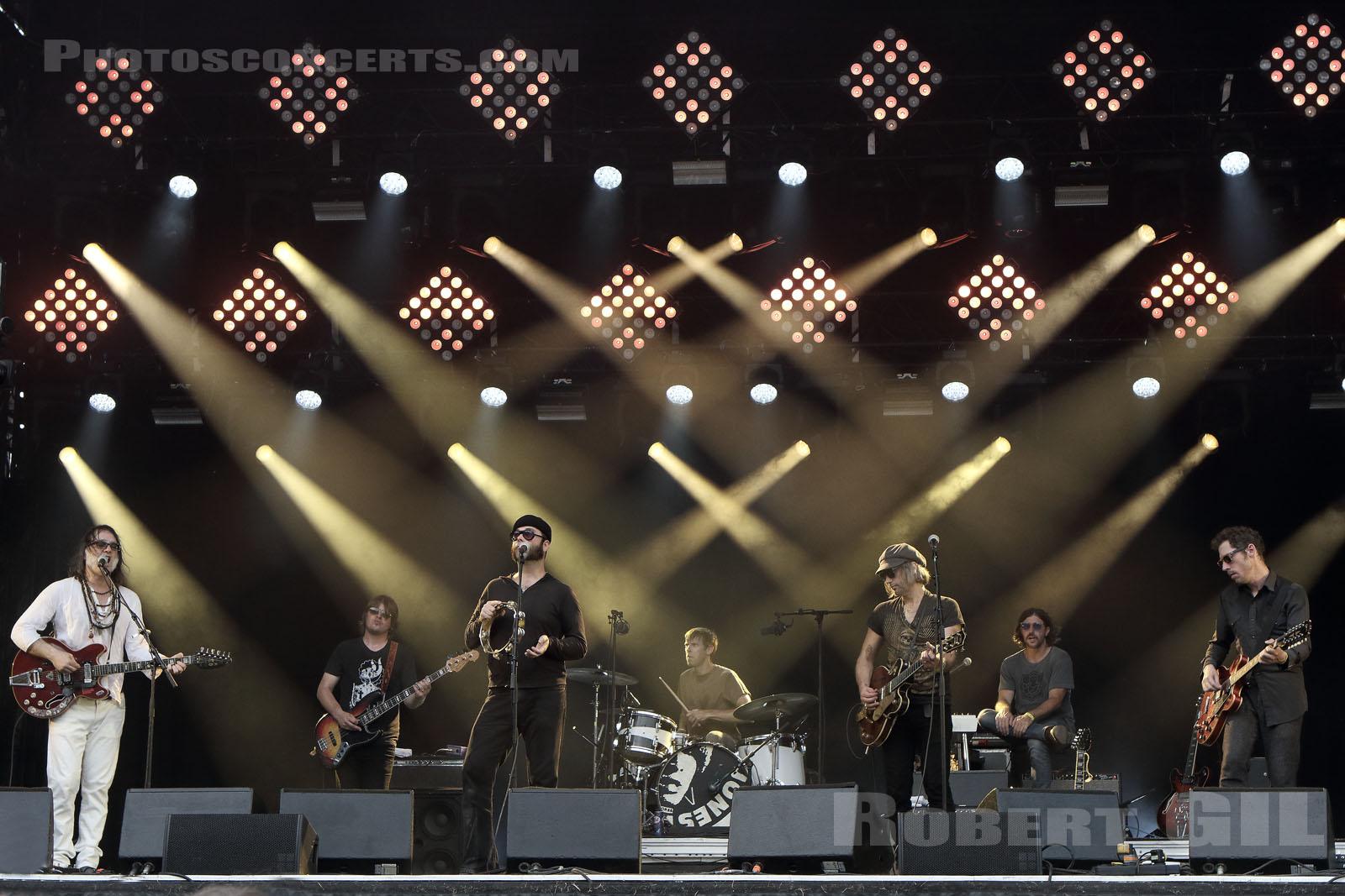 The Brian Jonestown Massacre au festival Rock en Seine par Robert Gil ©
