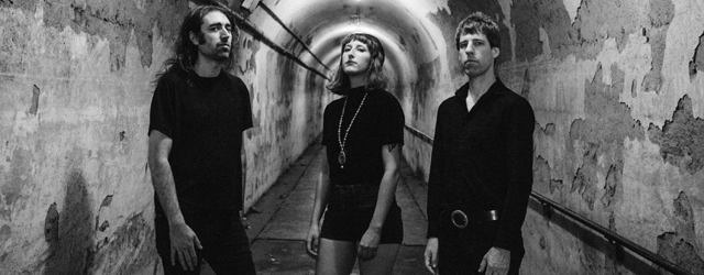 pinned critique écoute review 2018 dead oceans a place to bury strangers olivier ackermann
