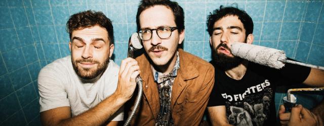 el mustacho records 2021 mad foxes ashamed trio power rock 'n' roll punk post-punk patrick foulhoux critique review chronique kexp jimmy fallon live